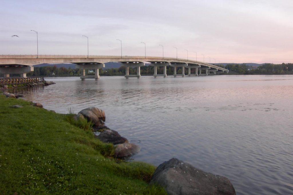 Image of Long-Sault Bridge Hawkesbury